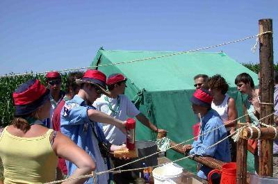 grand_camp_2006_20_20100801_1326345969